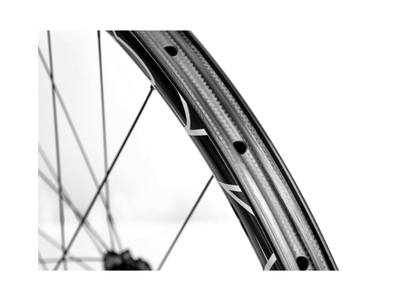 MCFK Front Wheel 27.5 | 650B MTB Carbon Clincher 25 mm...