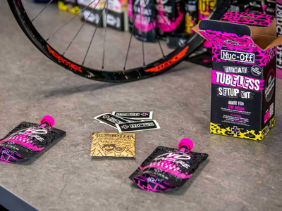 MUC-OFF Ultimate Tubeless Setup Kit DH Wide | 44 mm Valve